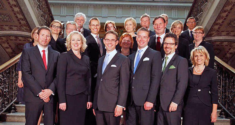 Jyrki Kataisen hallitus kertoi vuonna 2011 uudistavansa Suomen sekä kuntarakenteeltaan että sosiaali- ja terveyspalveluiden hallinnoltaan.