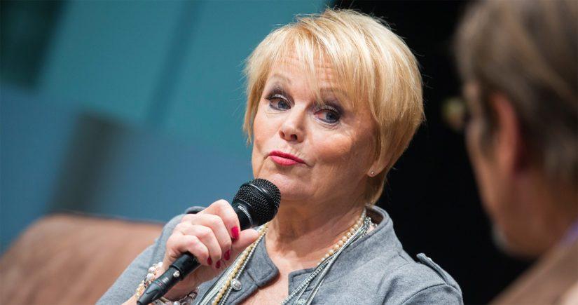 """Katri Helenan esittämä ja säveltämä sekä Junnu Vainion sanoittama """"Joulumaa"""" on pysynyt suosikkina jo 40 vuotta."""