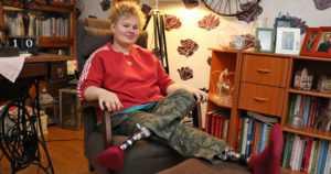 Kiia sai ensimmäiset proteesinsa jo taaperoikäisenä –