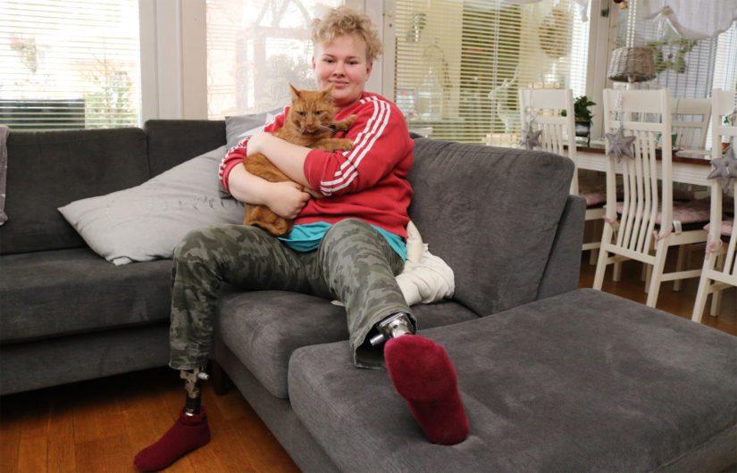 Jalkojen synnynnäisen epämuodostuman takia Kiian molemmat jalat amputoitiin reilun vuoden ikäisenä. – Proteesit ovat osa minua, joten en koe niiden rajoittavan elämääni millään tavalla.