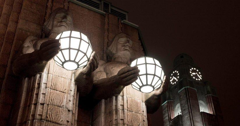 Kivimiehet Helsingin Rautatientorilla osallistuvat myös WWF:n Earth Houriin.