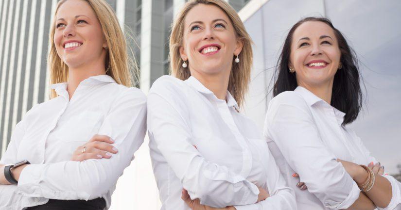 Naisten osuus suomalaisten pörssiyhtiöiden hallituksissa on EU:n ja maailman huipputasoa ilman kiintiöitä.