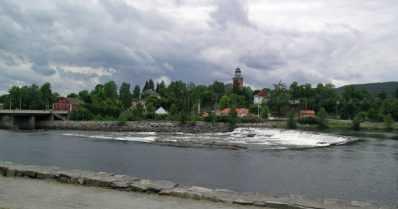 Mies surmasi ihmisiä jousiaseella Norjassa – poliisi on ottanut 37-vuotiaan tanskalaisen kiinni