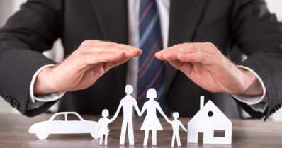 Seuraava urkkimisuutinen – Kotivakuutuksen ottajalta kysyttäisiin poliittiset yhteydet!
