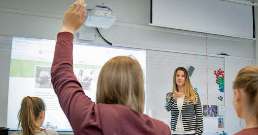Nuorten osallisuuden kokemus koulussa suojaa lyhyeksi jäävältä koulutukselta.
