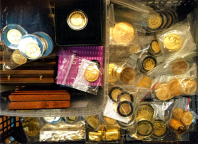 Epäillyltä ja hänen käytössään olleesta vuokra-autosta takavarikoitiin kultaesineitä noin 120 000 euron arvosta.