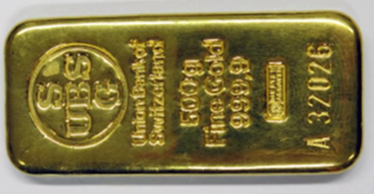 Osana kauppaa myyjä oli luovuttanut muun muassa kultaharkon.