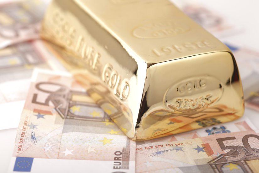 Kultaharkko.|||Gold bar.