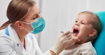 Lapset harjaavat hampaansa Pohjoismaissa kaksi kertaa useammin kuin Suomessa