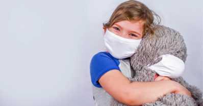 """Uusia ohjeita lapsen viennistä koronavirustestiin – """"Testeissä vaalittava lapsiystävällisyyttä"""""""