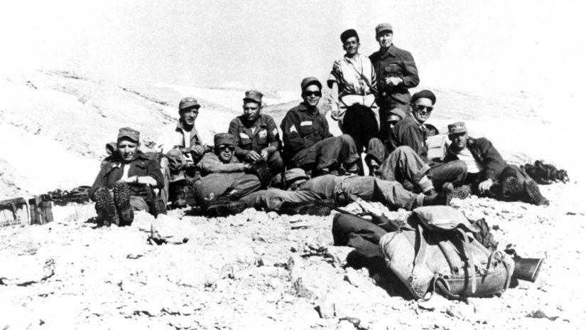 A-2-erillisosasto teki onnistuneen operaation Iranissa, Thorne oikealla.