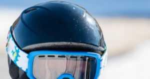 Poliisi jatkaa lasketteluturman tutkintaa – menehtyneellä nuorella oli suojakypärä, lasit ja kunnossa olevat välineet