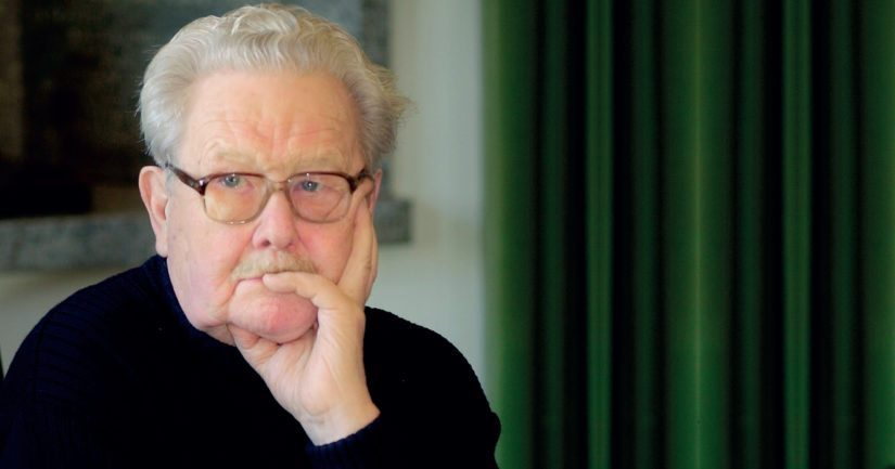 Pitkällä urallaan Lasse Pöysti sai muun muassa viisi Jussi-palkintoa sekä Betoni-Jussin elämäntyöstä.