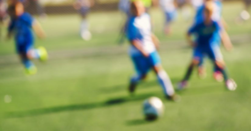 Liikuntaharrastus vahvistaa lapsen itseluottamusta ja rakentaa mielenterveyden perustaa.