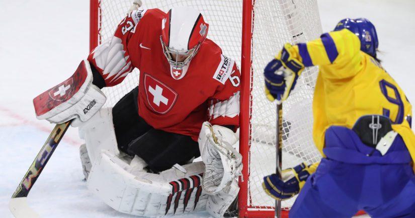 Sveitsin oli määrä järjestää jääkiekon miesten MM-kisat 8.-24. toukokuuta.