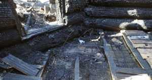 Kolme lasta kuoli Levillä mökkilomalla – kohtalokas tulipalo syttyi viallisesta lattialämmityksestä