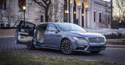Lincoln Continental juhlistaa 80-vuotista syntymäpäiväänsä – auton juhlamalliin tulee kaappariovet taakse