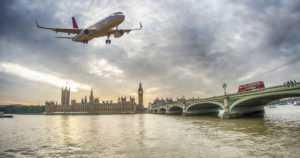 Suomalainen 29-vuotias mies pidätettiin lentokentällä Lontoossa – epäily terroriteon valmistelusta