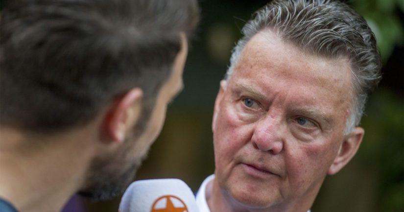 Louis van Gaal suitsuttaa Jürgen Kloppin tehneen Liverpoolista todellisen taistelukoneen.