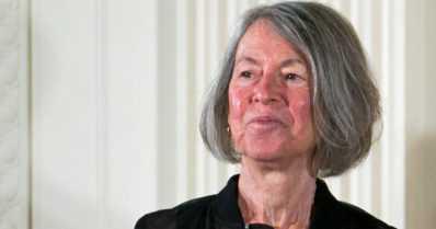 Kirjallisuuden Nobel-palkinnon voitti Louise Glück – amerikkalainen runoilija on yllätysvalinta