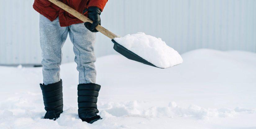 Lunta kertyy jouluaattoaamuun mennessä maan etelä- ja itäosassa vielä 4–10 senttimetriä.