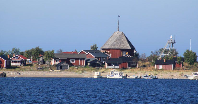 Kallankarien itsehallinto on peräisin Ruotsin vallan ajalta ja pohjautuu kuningas Aadolf Fredrikin vuonna 1771 säätämään hamina-ordningiin.