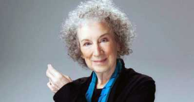 Margaret Atwoodille rauhanpalkinto Frankfurtin kirjamessuilla – 1980-luvulla kirjoitettu dystopiaromaani jälleen ajankohtainen