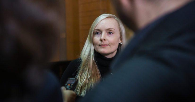 Sisäministeri Maria Ohisalon tekemää valintaa kansliapäälliköksi on arvosteltu poliittiseksi.