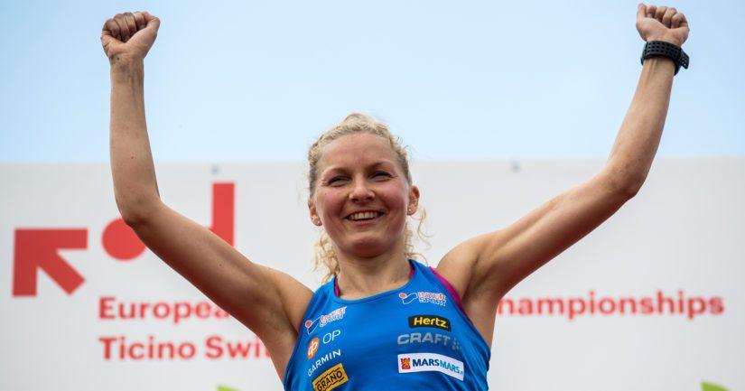Marika Teini avasi Suomen mitalitilin suunnistuksessa MM-kisoissa Latviassa.