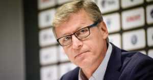 Huuhkajien ryhmään pieniä muutoksia – Markku Kanerva perustelee, miksi hän vaihtaa voittavaa joukkuetta