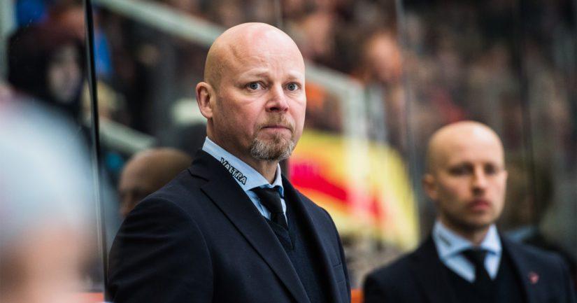 TPS:n uusi valmentaja Marko Virtanen valmensi JYP:n aiemmin CHL:n mestariksi.