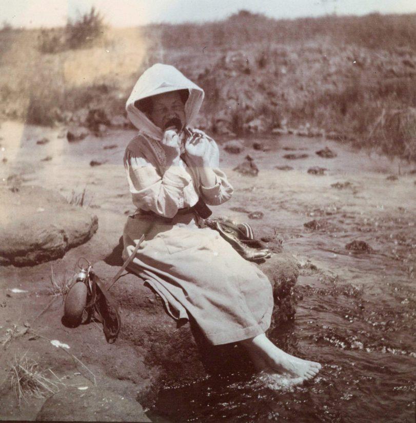 Mary Gallén Itä-Afrikassa 1909–1910. (