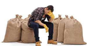 Maatalousyrittäjistä lähes puolet kokee väsymystä – stressiä vielä useampi