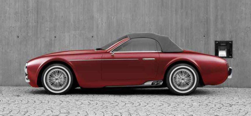 Tuulilasinkarmi ja kiinni oleva kangaskatto ovat ilmiselvää lainaa ensimmäisen sukupolven BMW Z4:stä.