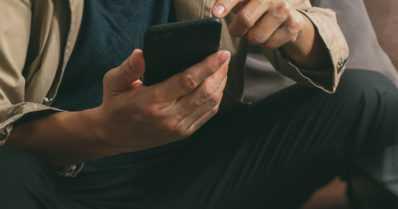 Poliisi varoittaa huijausyrityksistä – pankkiin viittaavasta palvelunumerosta soitettiin ja udeltiin korttitietoja