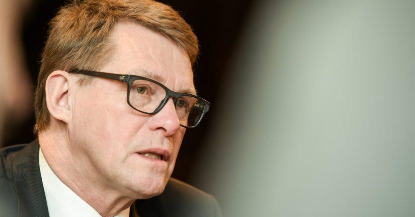 Puhemieheksi valitulla Matti Vanhasella on kokemusta myös pääministerin tehtävästä.