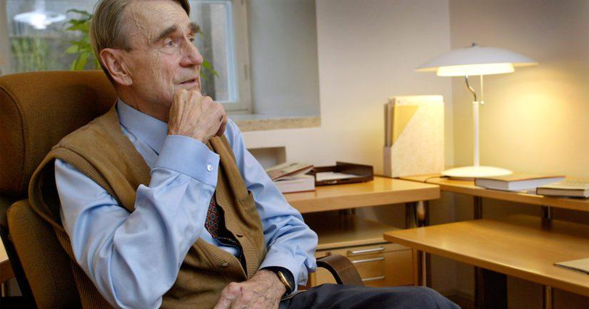 Ennen presidenttiyttään Mauno Koivisto toimi muun muassa pääministerinä, valtiovarainministerinä sekä Suomen Pankin pääjohtajana.
