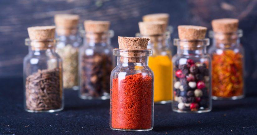 Oikeilla mausteilla saat paistatella hyvän kokin maineessa, vaikka ruokailijat olisivat hyvinkin vaativia.