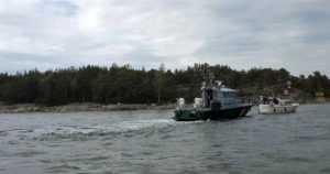 Merivartioston kiireinen vuorokausi – kadonnut soutaja, konevikoja, kaatunut kajakki ja venepalo