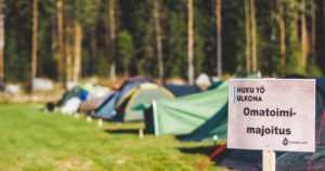 Nuku yö ulkona – kolmessa suomalaisessa kansallispuistossa avataan metsähotelli
