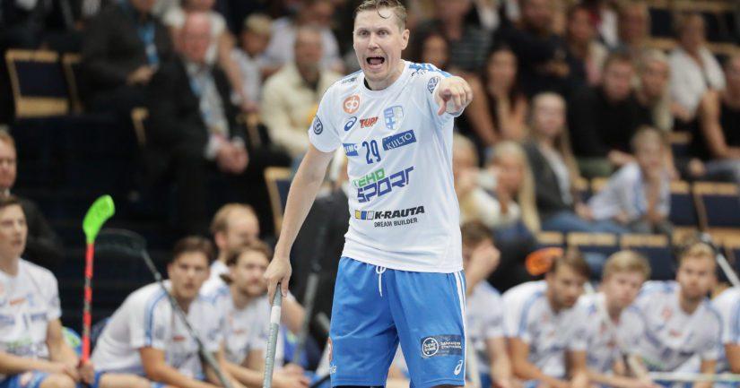 Kokenut Mika Kohonen on piiskannut Suomea myös kymmenessä MM-kisoissa.