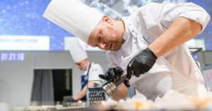 Ravintola-alan huiput kilpailevat mestaruudesta – Vuoden Kokki ja Vuoden Tarjoilija valitaan ammattitapahtumassa