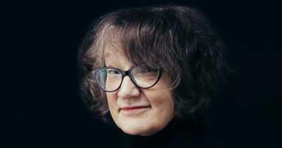 """Monica Fagerholm sai Pohjoismaiden neuvoston kirjallisuuspalkinnon – """"Vimmaisen energisesti kirjoitettu"""""""