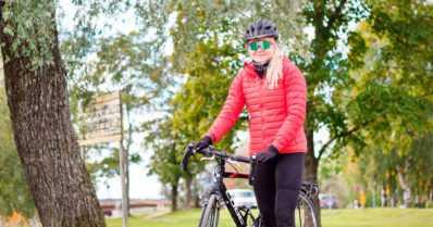"""Moona-Susanna pyöräili yksin Joensuusta Nuorgamiin 12 päivässä – """"Tien päällä on helpompaa olla avoin"""""""