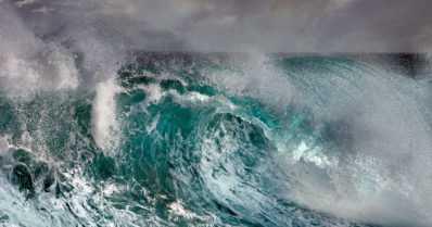 Suomalaisperhe meren armoilla Etelä-Kiinan vesillä – purjevene on kestänyt toistaiseksi