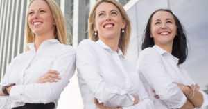 Pörssiyhtiöiden hallituksissa nyt ennätysmäärä naisia – osuus 15 vuodessa on yli kaksinkertaistunut