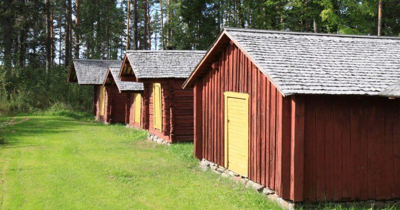 Närpiön kirkkotalleja on kunnostettu Museoviraston avustuksella useana vuonna.