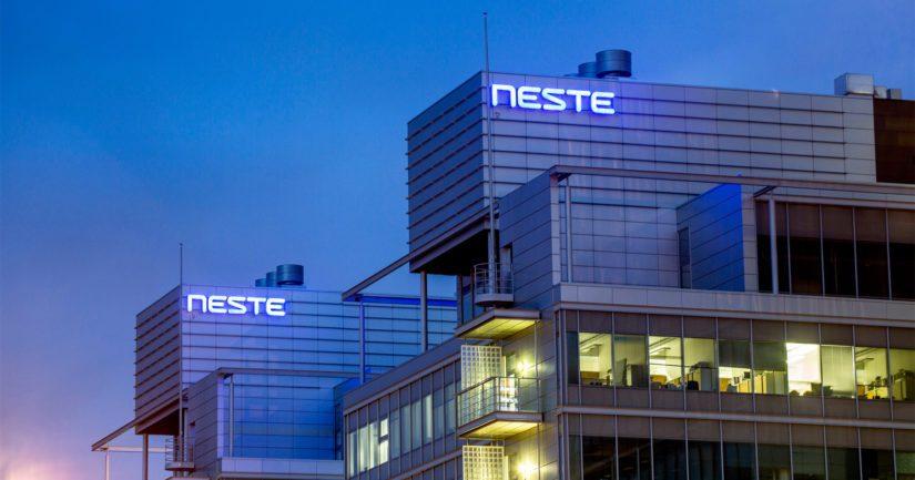 Pelkästään Nesteen siirrettävien osakkeiden arvo on noin 1,5 miljardia euroa.