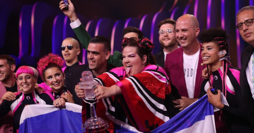 Israelin voittajaviisun esittäjä Netta saattoi näyttää kieltä arvostelijoilleen tuloksen ratkettua.