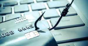 Suomalaiset menettäneet miljoonia pankkien nimissä netissä tehtyihin petoksiin – valesivustoja voi olla vaikeaa erottaa aidoista